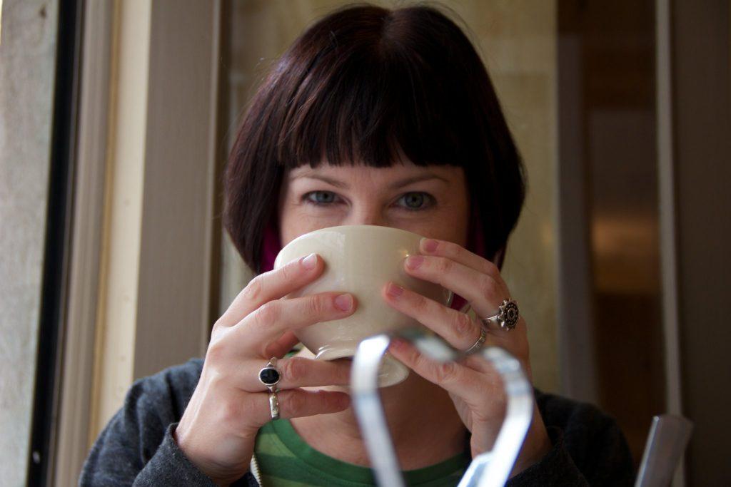 women drinking tea